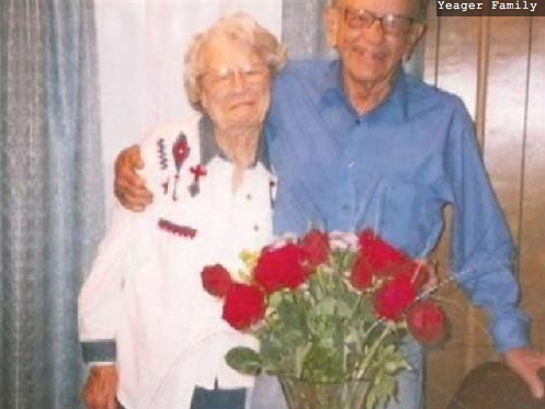 Dallas Wedding Planner, Gordon and Norma Yeager, Couple Married 72 Years Dies Holding Hands, True Love